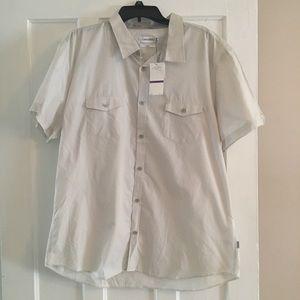 NWT Men's Calvin Klein Shirt Sleeved Dress Shirt